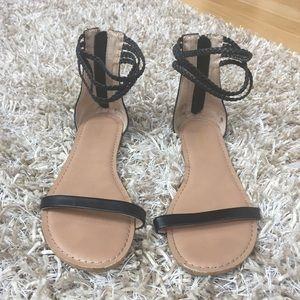 Old Navy Black sandals size 9
